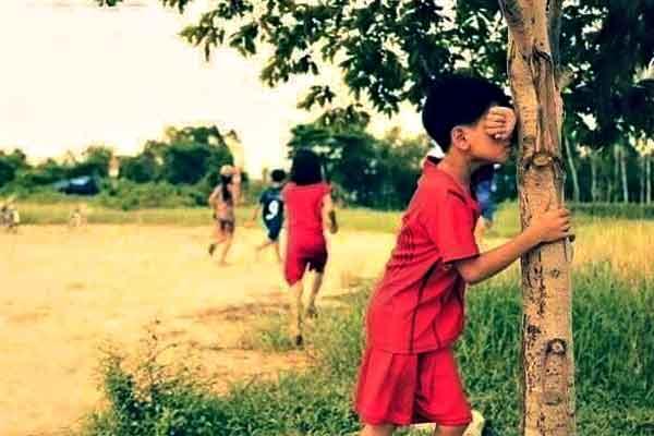 "alt=""Filipino childhood memories kids playing hide and seek"""