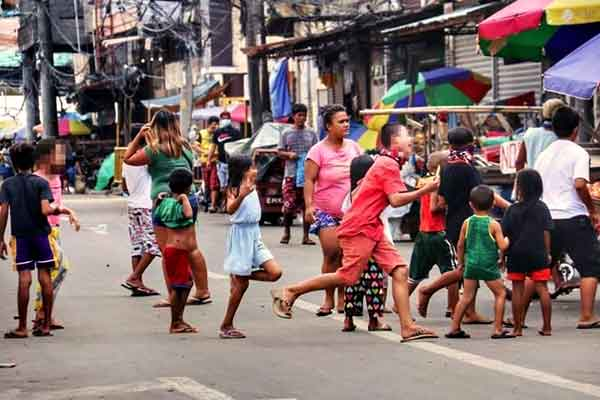 "alt=""Filipino childhood memories playing chasing games with kids"""