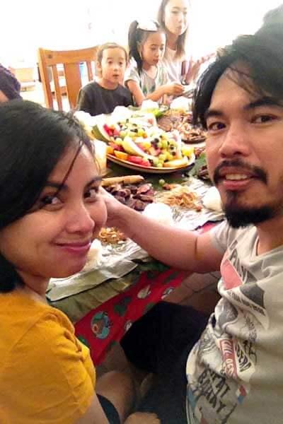 "alt=""Filipino boodle fight couple Barok and Takya"""