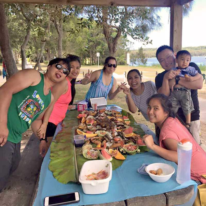 "alt=""Pinoys are preaparing for Filipino boodle fight"""