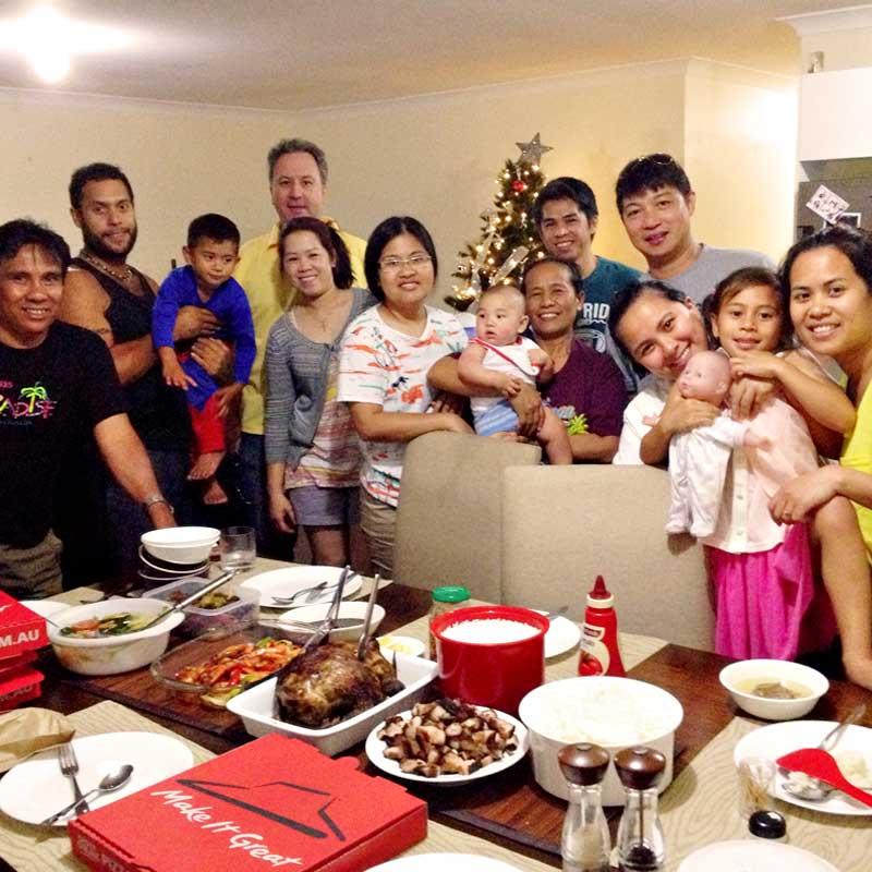 "alt=""Filipino Christmas food during paskong Pinoy Nochebuena"""