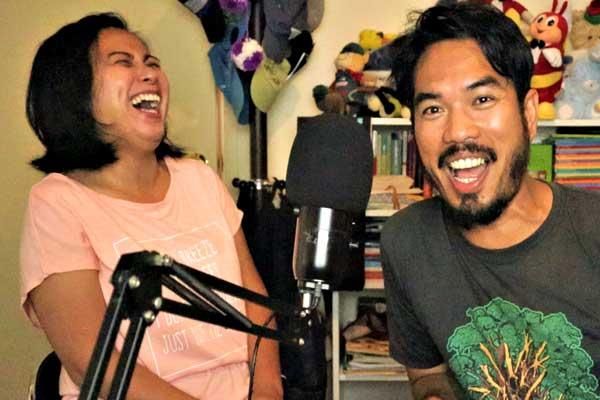 "alt=""Filipino Podcast hosts Barok and Takya of Bisaya Podcast"""
